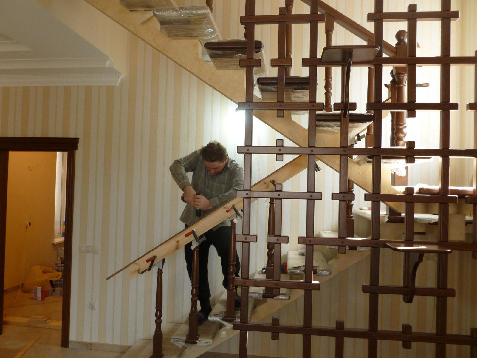 Как сделать в деревянном доме лестницу своими руками